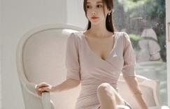 孙允珠丨秋萤落日花粉曲波流线包臀裙