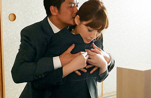 爱音麻里亚(爱音まりあ)最新番号ABP-794 E奶人妻妄想四部曲