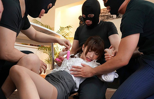 SSNI-358天使萌化身D罩杯美女主播 遭女同事嫉妒成男同事肉便器