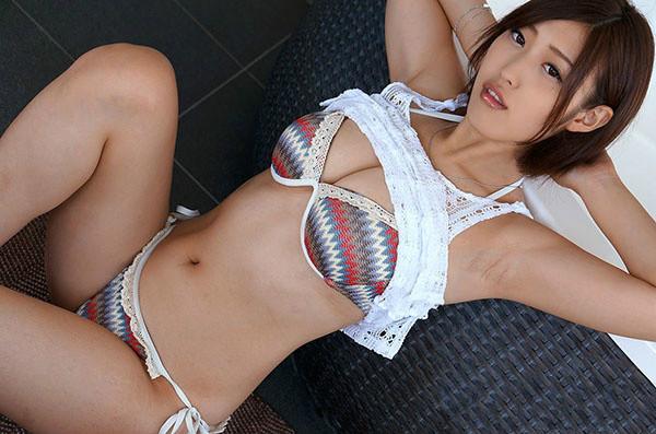 """""""暗黑郭雪芙""""女优水野朝阳宣告引退 福利写真凸点套图欣赏"""