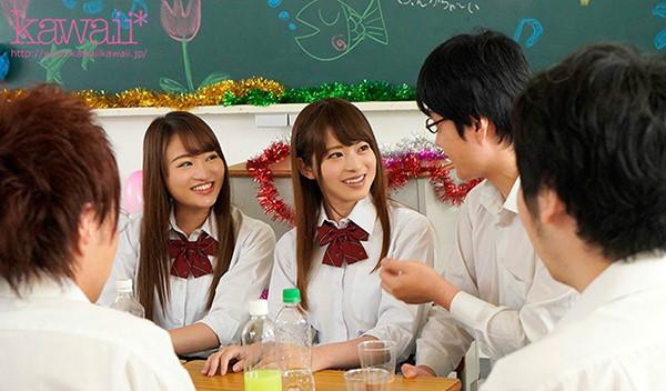 松田美子和樱萌子合作番号KAWD-953 庆功宴被下药多P群交