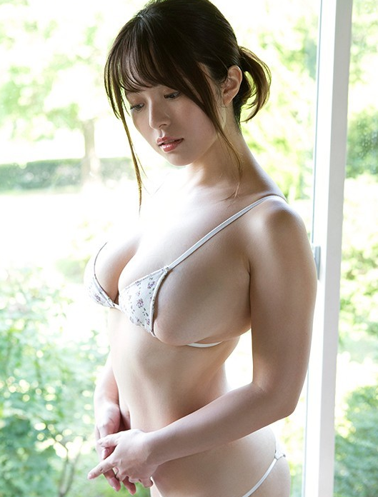 桃濑友梨奈改名叶梦要复出了吗 J罩杯大胸妹子情色写真超级诱惑
