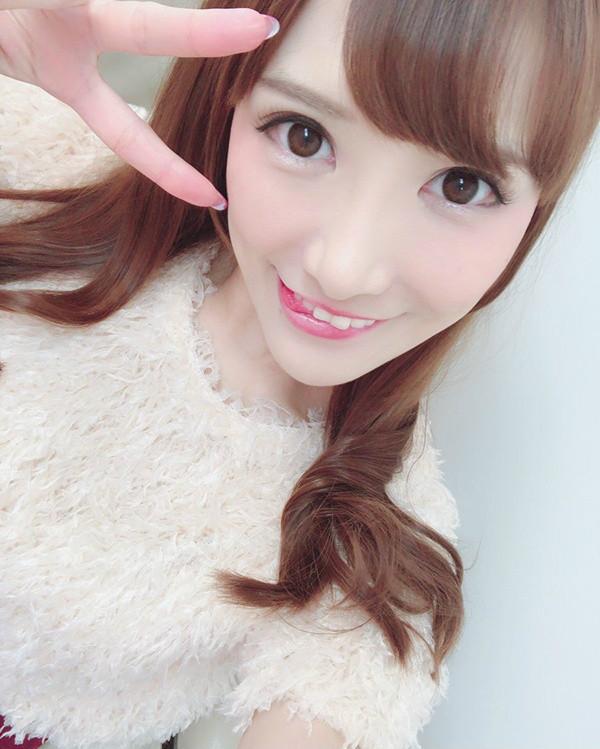 小峰美子(小峰みこ)年底引退 E罩杯女优成人展尺度在大开