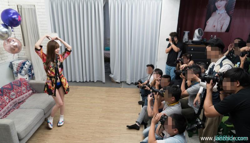 端午福利!萌系美少女明里紬摄影会:和女神的零距离接触!