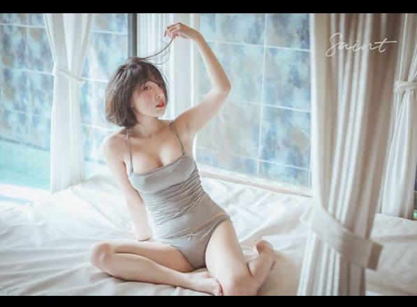 韩国短发胸器妹 童颜巨乳动起来令人头晕目眩