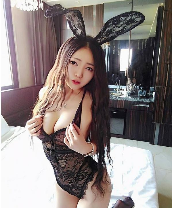 性感美女大尺度照片 兔女郎情趣内衣性感撩人
