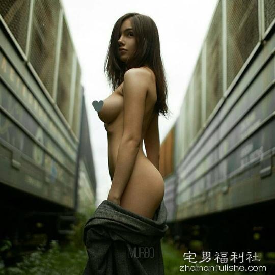 辣模Anastasia Martzipanova 极品性感尤物诱惑令人窒息
