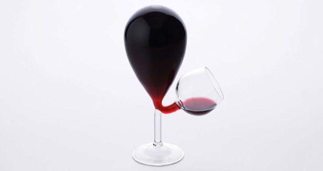 新奇特红酒杯Glass Tank 喝酒不用自己倒