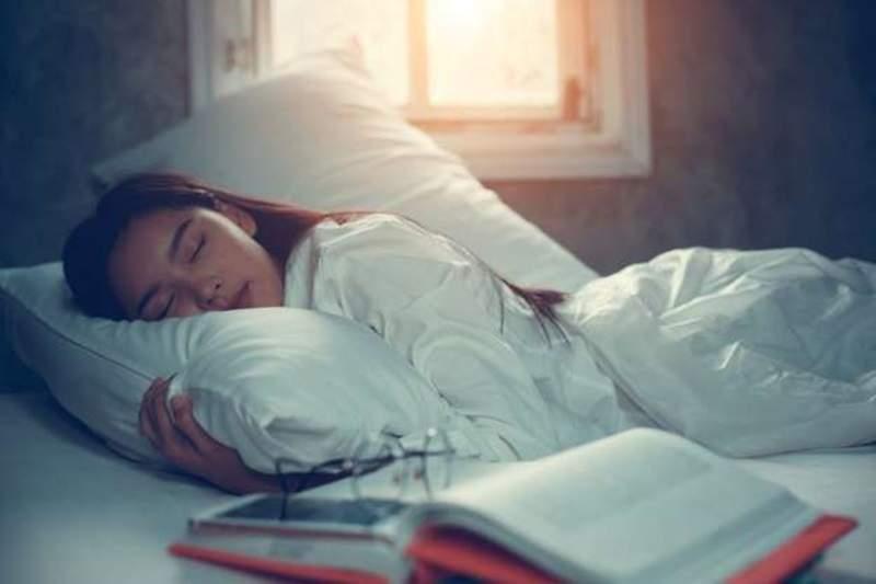 """大学教授治好学生家长失眠症 实用""""失眠的自我疗法""""可以试试"""