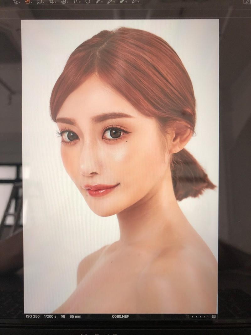 明日花kirara将开整型医院 亲自当模特拍照宣传