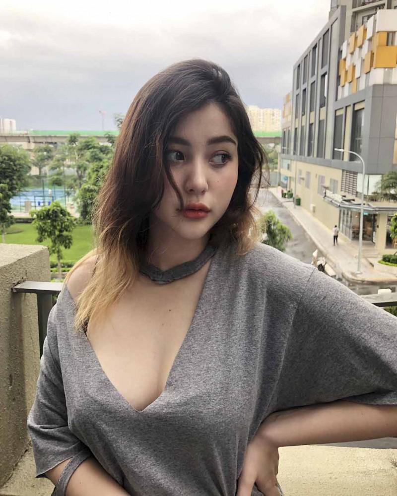 越南肉感美女sunnax9 混血气质正妹吸粉十几万