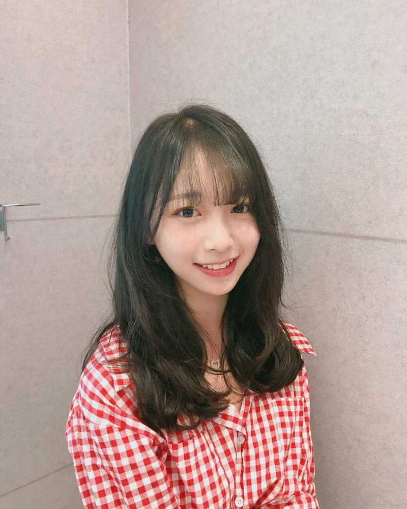 香港地铁清新正妹Coco wong 15岁火辣身材惊呆网友