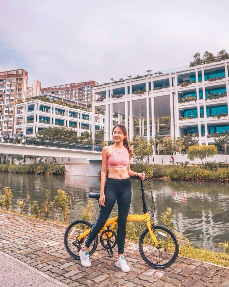 新加坡正妹Xin Lin 小清新甜美笑容治愈人心