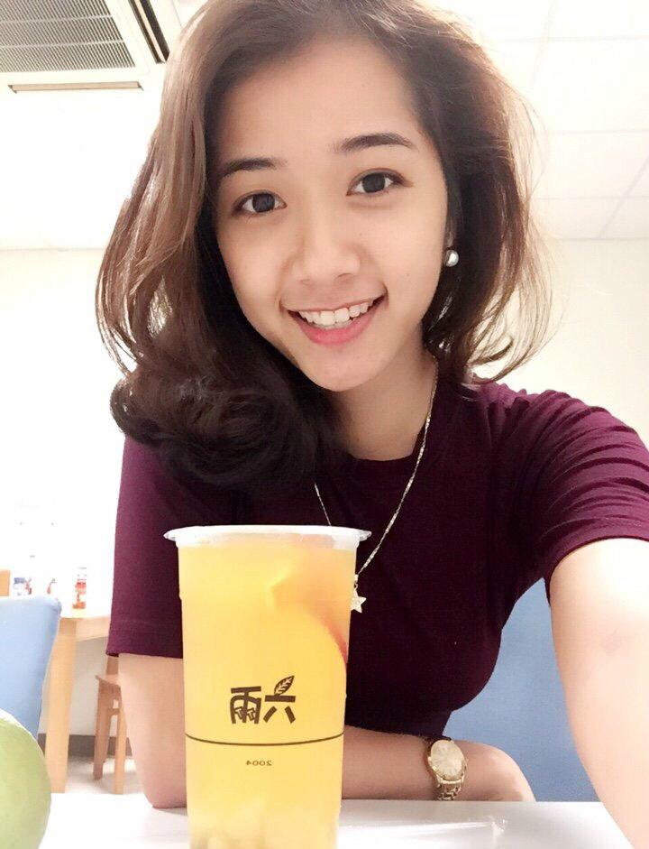 高颜值越南正妹 甜美清秀佳人引发网友暴动