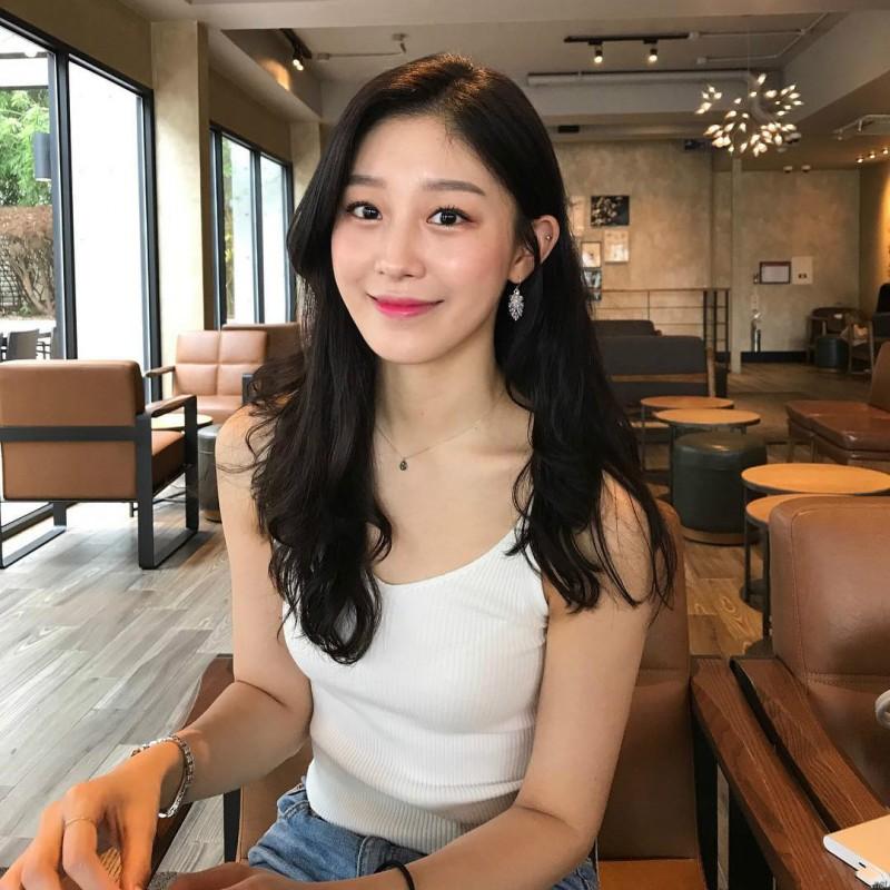 韩国正妹空姐 甜美气质迷人让人不想下飞机