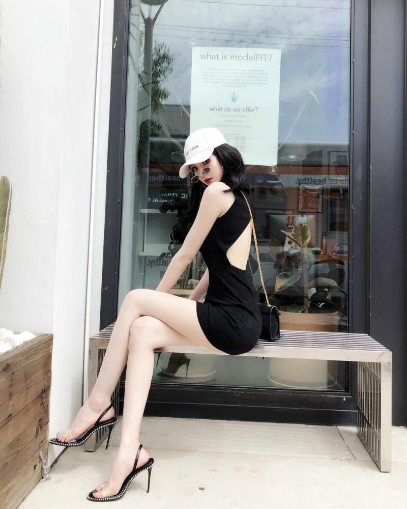 平面模特正妹张雨乔Jisa 比基尼秀完美身材大长腿吸睛