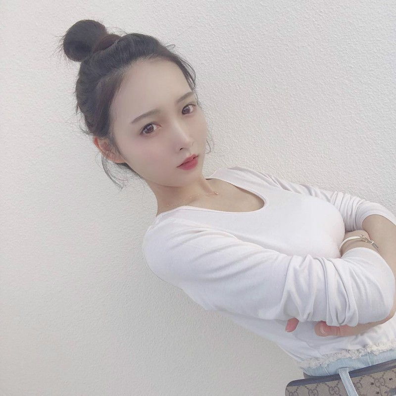 日本性感药剂师Ana 清纯正妹换上比基尼秒变辣妹