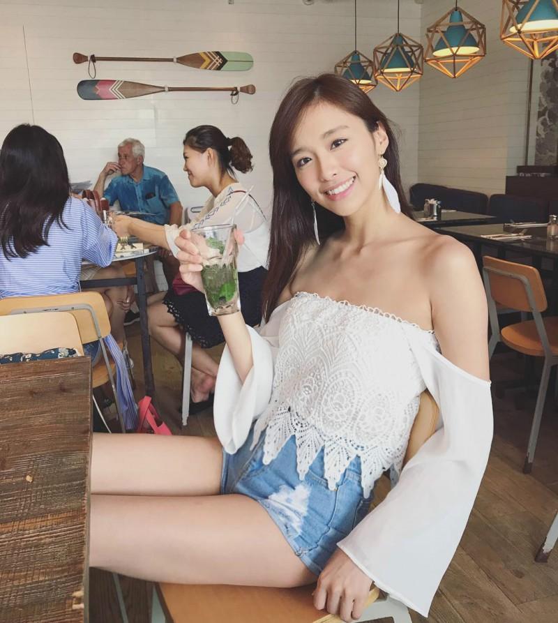 香港甜美天妹曾淑雅Jumbo Tsang 火辣比基尼美女秀逆天大长腿