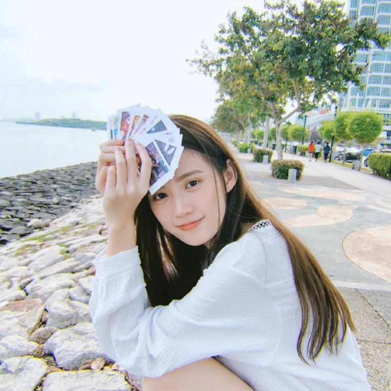 甜美正妹Keyi 清新美女迷人笑容超治愈