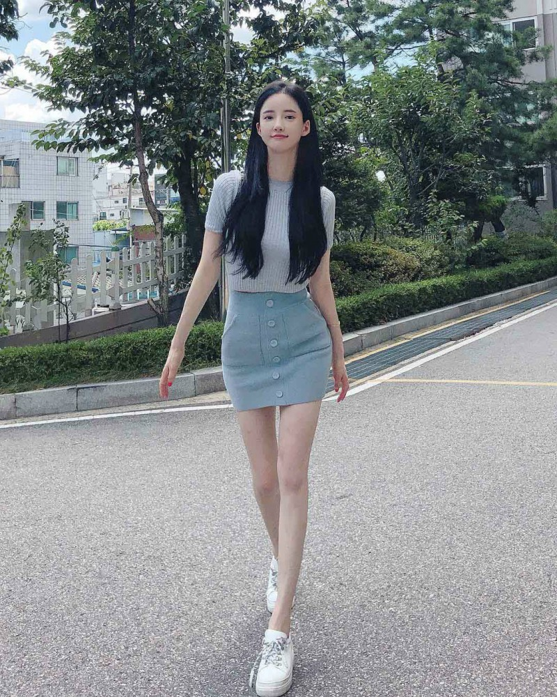 韩国健身美女潘南奎 模特身材撞脸杨颖走红