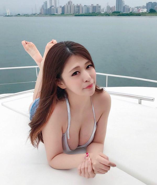 日本H奶美女橘メアリー(橘玛丽)留学陷入卖淫风波 回应:念书很忙