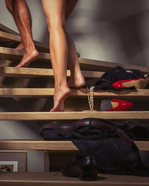 隐密楼梯间刺激感!网友票选6个超害羞爱爱野战地点揭秘