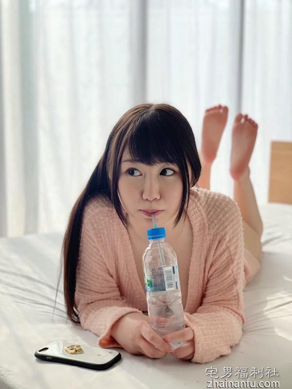 想当偶像的甜美G奶小只马「佐藤由香」在线限定AV出道!