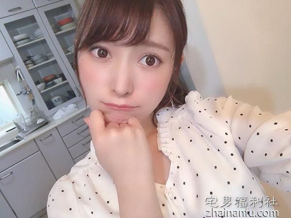 【日本写真】成宫莉香引退前性感自拍(14P)