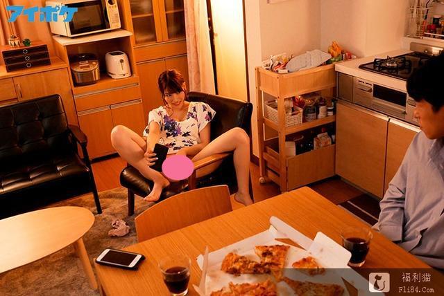 ipx-414:枫可怜(枫カレン)11月新作趁姐姐出差偷吃她男友!