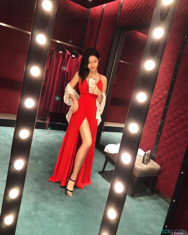 新加坡百变性感女神JASMINE 娇娃低胸短裙外拍超迷人