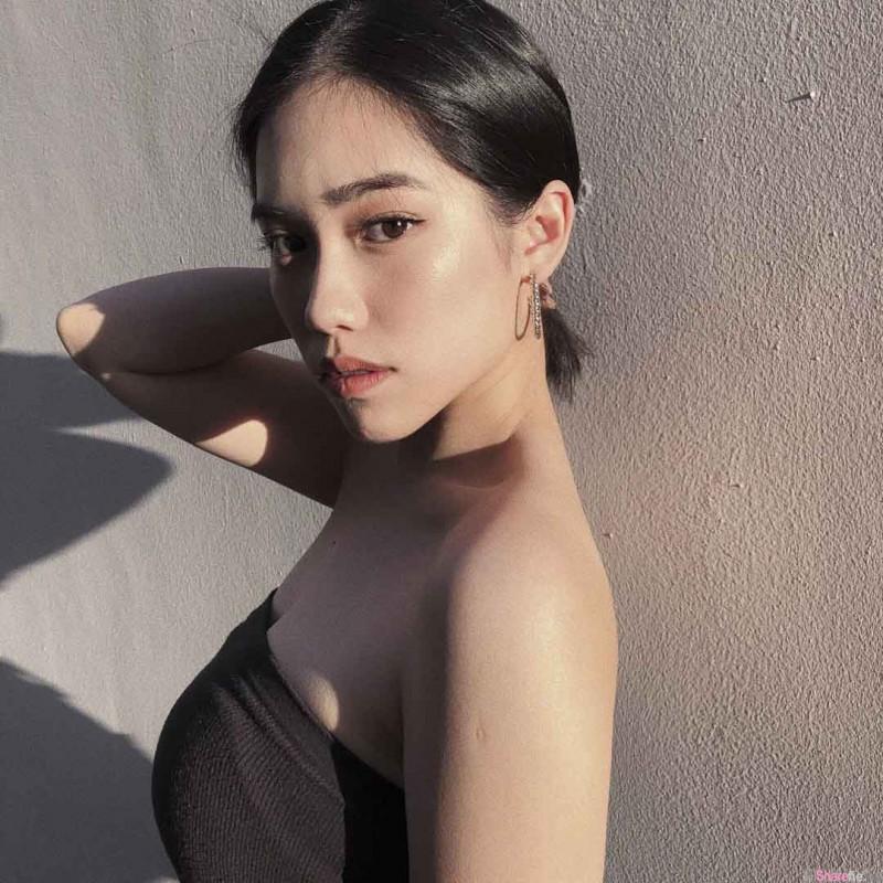 冷艳系留美正妹YuYu 时尚性感魅力无限