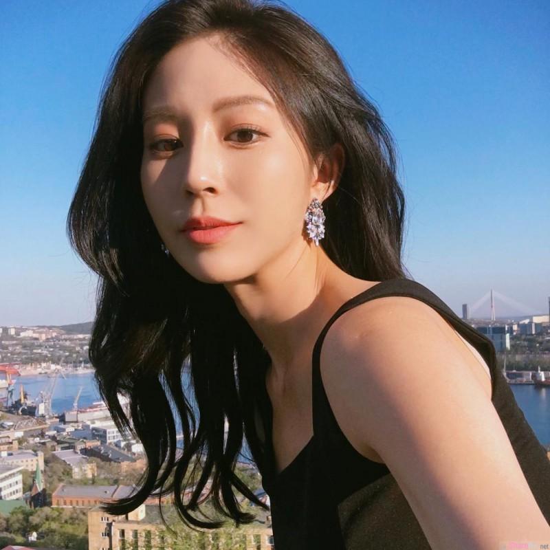 韩国网红正妹Bora Kim 健身教练丰乳翘臀超迷人