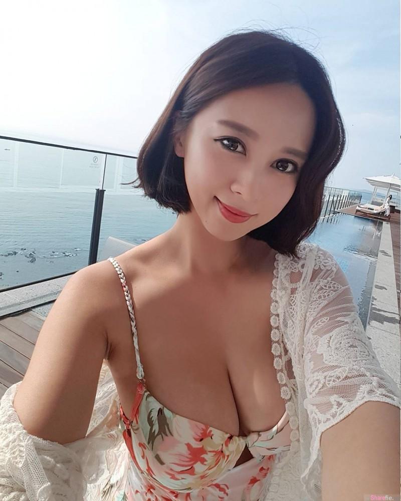 韩国大长腿正妹kang_jeongwoon 傲人上围乳量惊人