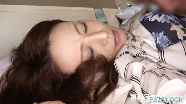 DTT-045:无法克制欲望!38岁的女医龙佐伯あかね(佐伯朱音)下海!