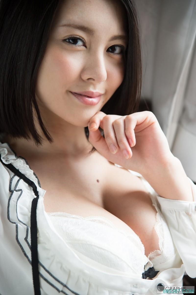 最终精选辑打折促销!松冈ちな现在还好吗?
