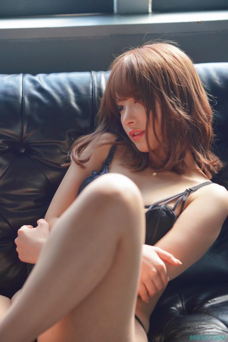 桃乃木在渋谷找人!撑过5分钟就可以做爱!