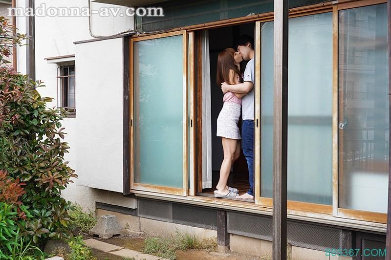 JUL-310:和美艳继母樱井由美的同居乱伦生活