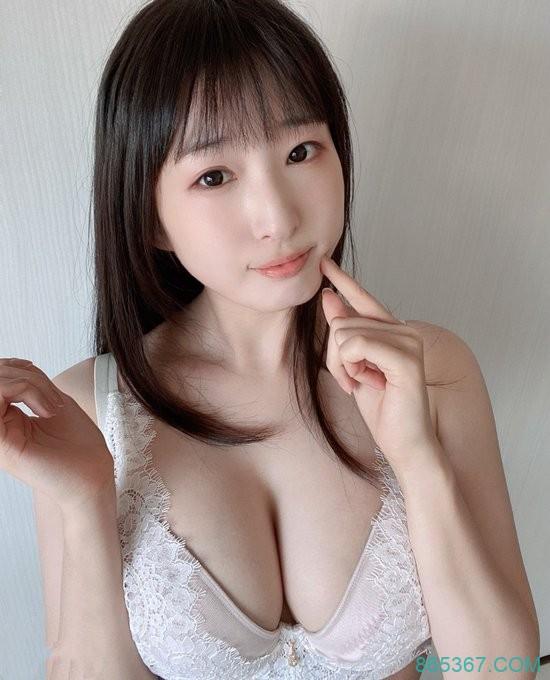 DVDMS-585 :雪嫩美巨乳美少女月野香澄AV出道