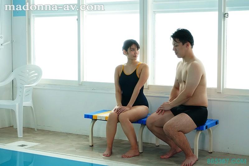 JUL-334:极品人妻神宫寺ナオ飢渴的含著教练的老二