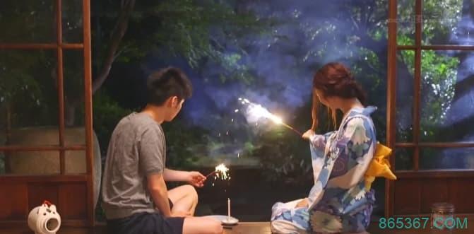 画面美感好评!怀念年少懵懂的青春 夏天的记忆是烟火和古川伊织