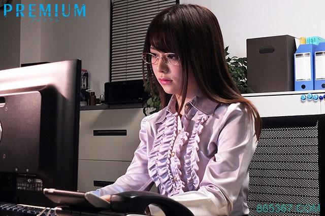 PRTD-023: 贴身性感秘书有村希被下药渴望求草!
