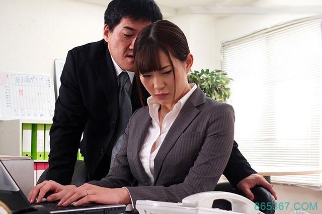 JUY-843 :美谷朱里在上司粗暴行为下产生了从未体验过的快感!