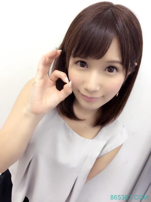MIDE-609 :小岛みなみ(小岛南)摆明了就是想要,送上激情的舌吻!