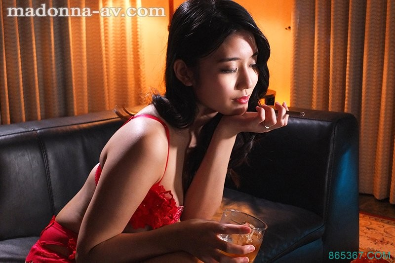 高级娼妇「神宫寺ナオ」 传说级「毒龙钻」把主人搞到欲仙欲死!