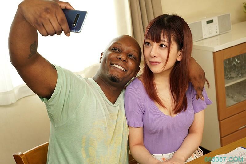 NGOD-140 :桃尻人妻有村のぞみ上英文课上到床上去 用过黑人棒子后就回不去了!