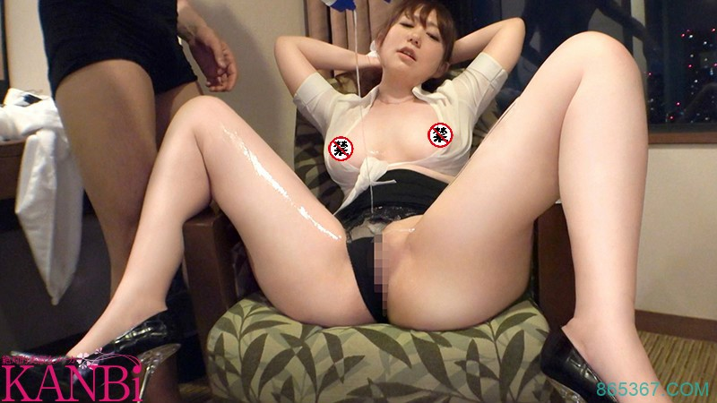 DTT-072:进公厕解决「杉崎 めぐ」强制口交从后面狠狠地抽插⋯