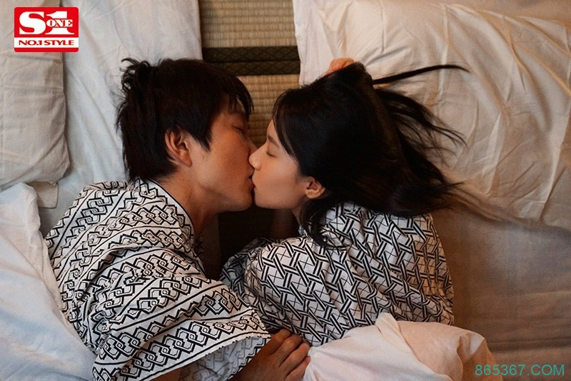 SSNI-968 :两天一夜的温泉之旅,和女友妹妹「伊贺真子」吵架吵到床上去了。