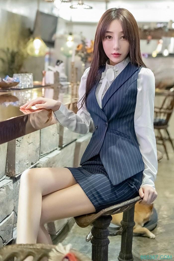 极品OL美腿丝袜制服诱惑,绝美身材让人欲望爆发